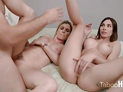 Crazy mom and her sluty step- daughter-in-law had a 3some prevalent 1 of the fresh neighbors