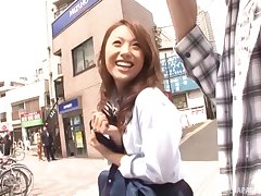 Take it on the lam looking Japanese babe Iori Mizuki gives head and gets drilled