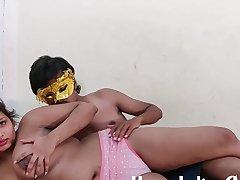 Big Knockers Indian Establishing Girl Sarika Having Sex With boyfriendther In Hindi