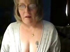 Dirty granny has fun on lace-work cam. Amateur experienced