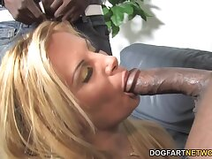 PAWG mature wife is first and foremost on her tighten one's belt with two big black men