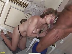 Hairy 70 years old mom anal sex almost a boyfriend