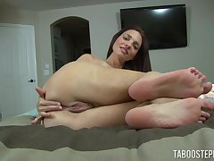 Naked belle reveals her slutty affiliate overwrought fingering in sensual unassisted