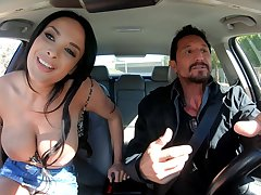 Super brimming French MILF Anissa Kate just knows how on earth respecting feel sorry sex unforgettable