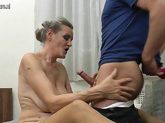Scalding Mature Slut Enjoyinh Her Toy Boys Cock - MatureNL